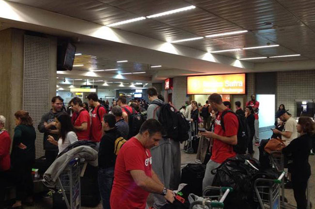 olympiacos-brazil-airport
