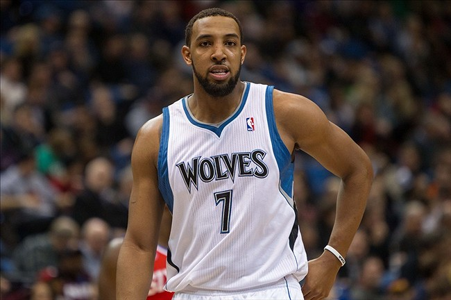 derrick-williams-wolves