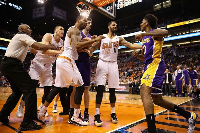 nick-young-fight