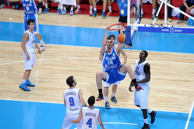 papagiannis-dunk-italy