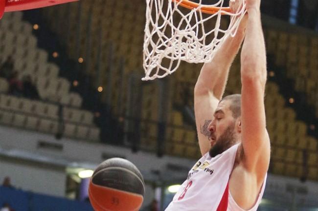 Vasilis Kavvadas-Olympiacos