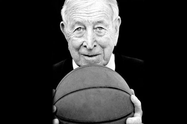 john-wooden-basketball
