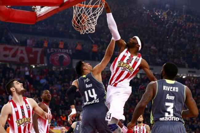 warrick-olympiacos-real-madrid