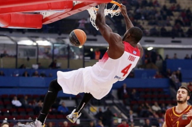 olympiakos-olympiacos-young-patrick-dunk-slam-sef